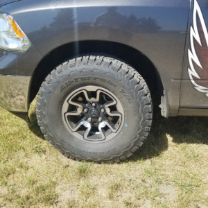 315 70r17 In Inches >> 315 70r17 Tires On A 2014 Ram 1500 With No Lift Live Armed
